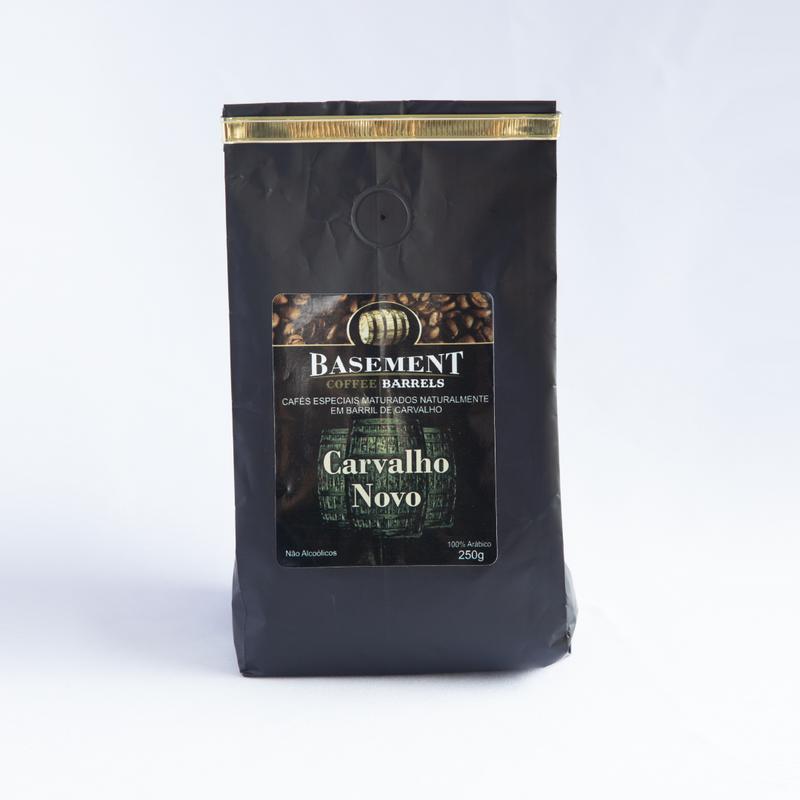 Café Basement Carvalho Novo